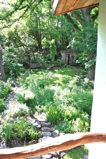 Bill & Beth's Sleeping Porch: gallery slide thumbnail 7