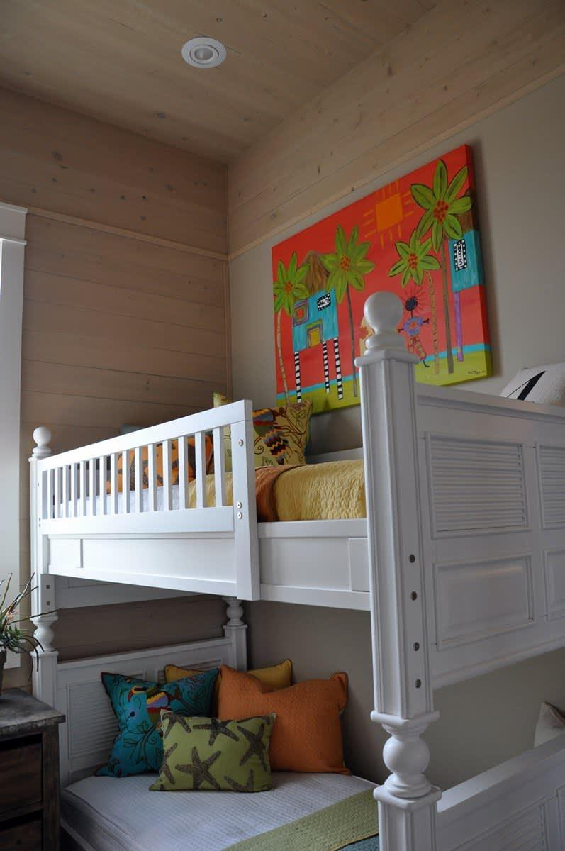 Beach House Beauty on the Texas Coast: gallery slide thumbnail 18