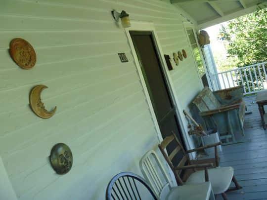 Linda & Steph's Eclectic Millhouse: gallery slide thumbnail 27