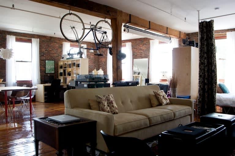 Hiherson's South End Loft: gallery slide thumbnail 3