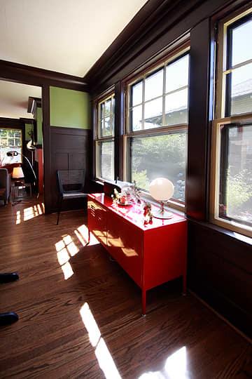 Brad, Lis & Meade's Light-Filled Bungalow: gallery slide thumbnail 14