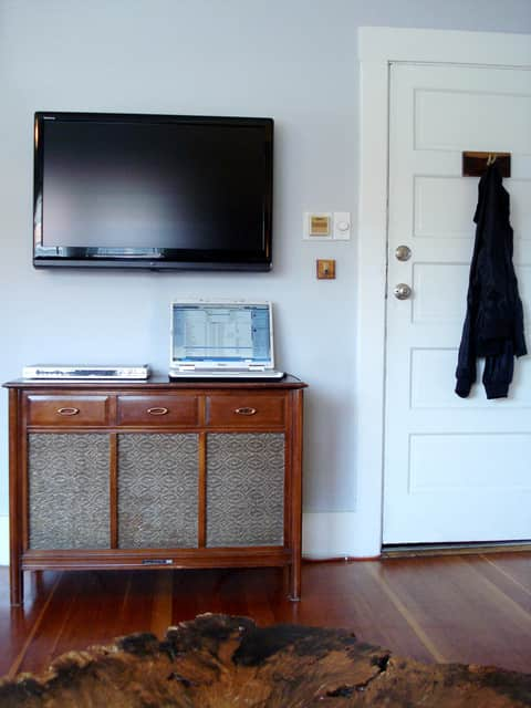 Wall Mounted vs On A Stand: TV Display Options: gallery slide thumbnail 4