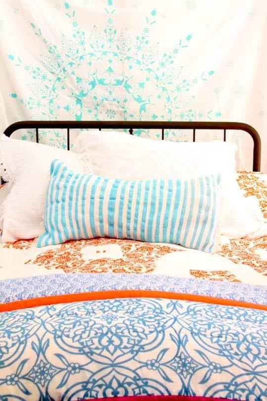 Alisha's Bright White Guest Cottage: gallery slide thumbnail 5
