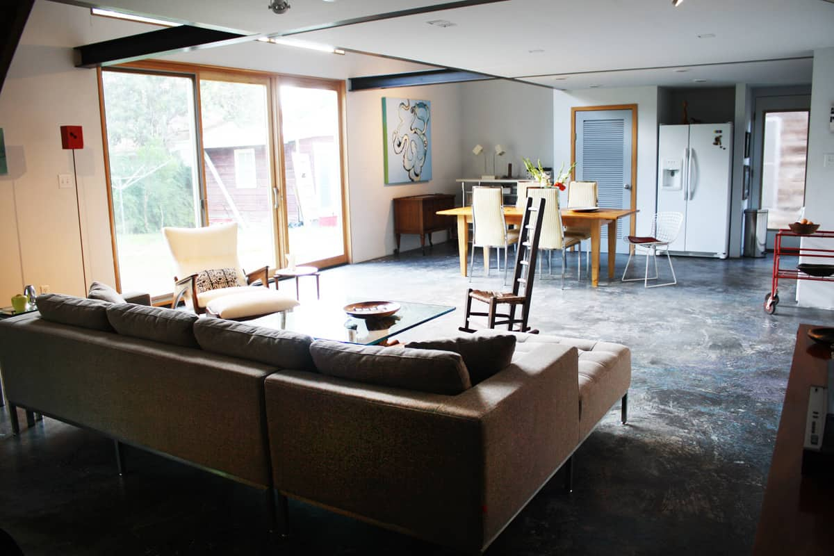 A Modern and Bright Austin Home: gallery slide thumbnail 40