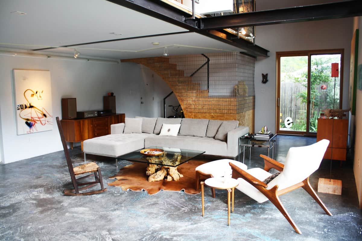 A Modern and Bright Austin Home: gallery slide thumbnail 23