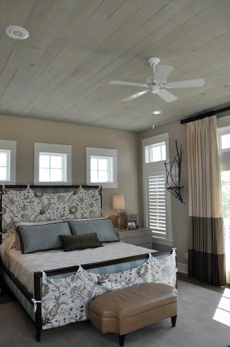 Beach House Beauty on the Texas Coast: gallery slide thumbnail 21