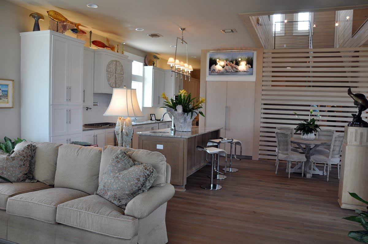 Beach House Beauty on the Texas Coast: gallery slide thumbnail 52