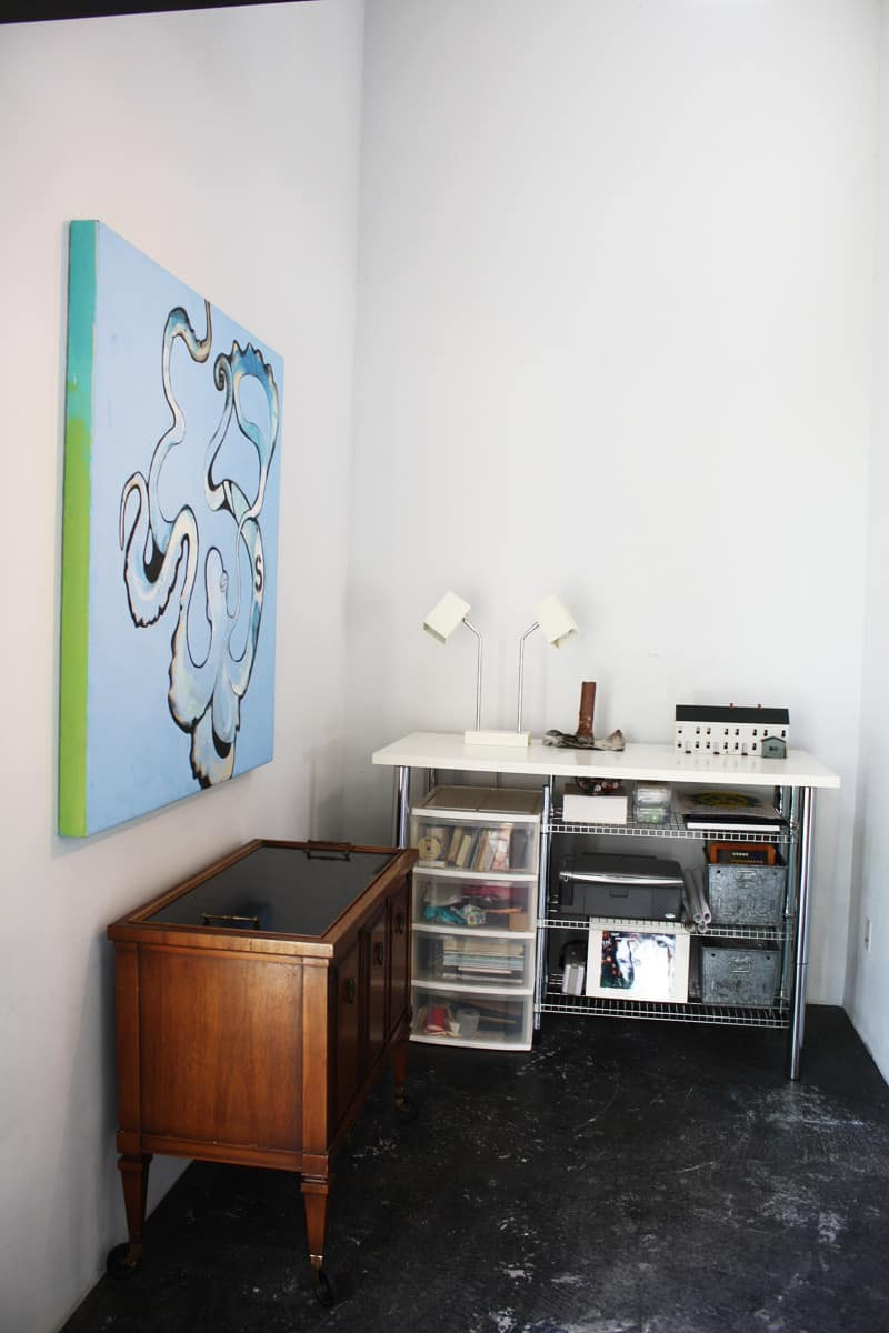 A Modern and Bright Austin Home: gallery slide thumbnail 32