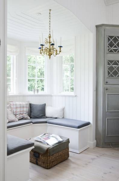 A Perfectly Lovely Danish Summer Home: gallery slide thumbnail 3