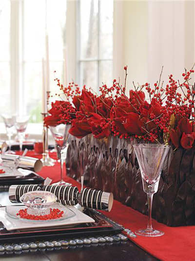 Inspiration: Beautiful Centerpieces for Your Holiday Table: gallery slide thumbnail 2