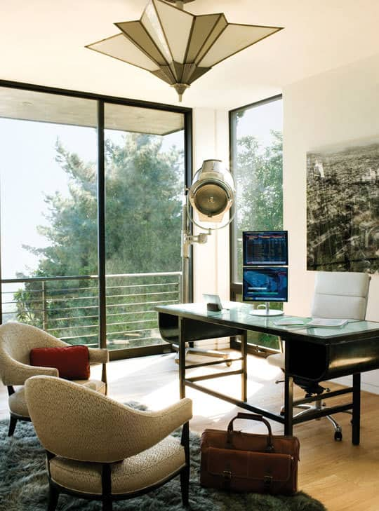 The Esquire House: gallery slide thumbnail 12
