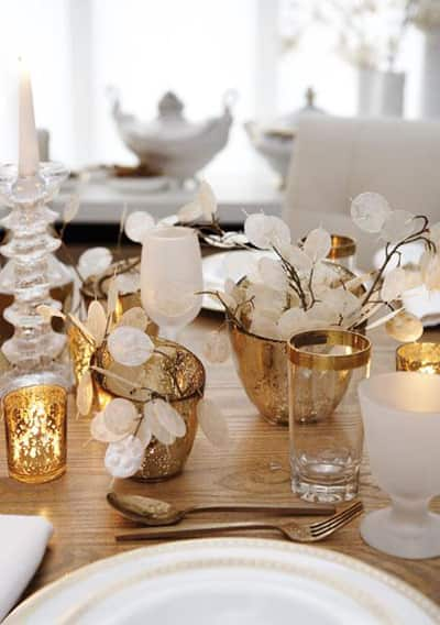 Inspiration: Beautiful Centerpieces for Your Holiday Table: gallery slide thumbnail 14