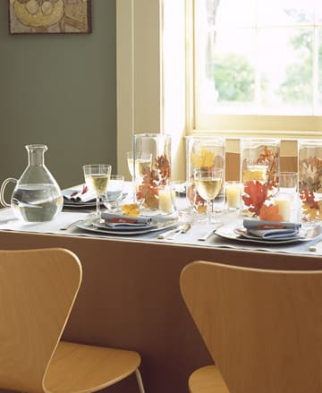 Inspiration: Beautiful Centerpieces for Your Holiday Table: gallery slide thumbnail 8