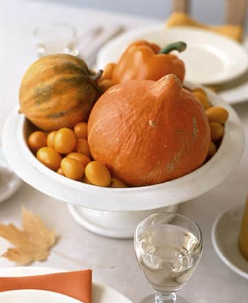 Inspiration: Beautiful Centerpieces for Your Holiday Table: gallery slide thumbnail 5