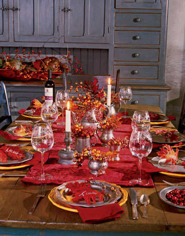 Inspiration: Beautiful Centerpieces for Your Holiday Table: gallery slide thumbnail 12