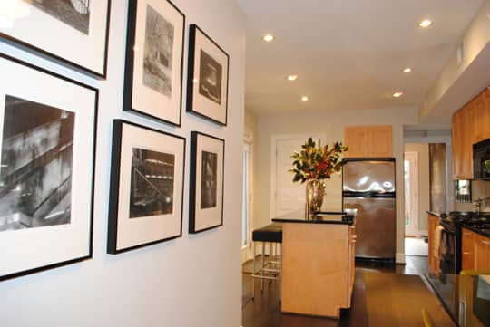 Ralph and Drew's Comfortably Current Townhome: gallery image 1