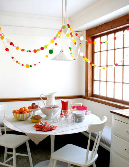 Go For The Gusto Garland: 10 DIY Ideas: gallery slide thumbnail 7