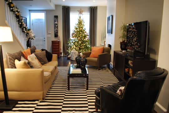 Ralph and Drew's Comfortably Current Townhome: gallery image 8