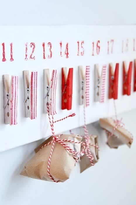 Simple Christmas Decorating Ideas: gallery slide thumbnail 2
