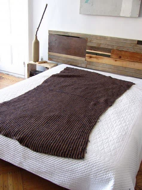 10 Headboards You Can Make for Under $50: gallery slide thumbnail 1