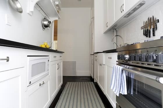 Before & After: Compact Kitchen Remodel: gallery slide thumbnail 2