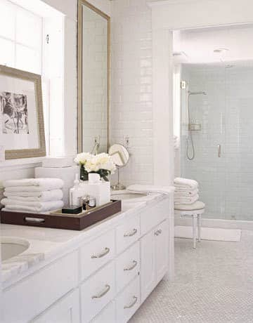 Organized Bathrooms: Clean and Clutter-free: gallery slide thumbnail 5