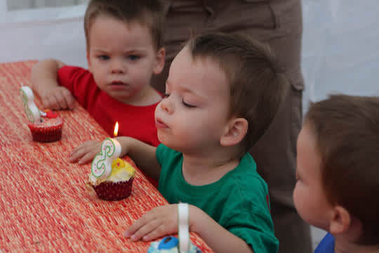 Happy Birthday Linus, Oliver & Miles: gallery slide thumbnail 4
