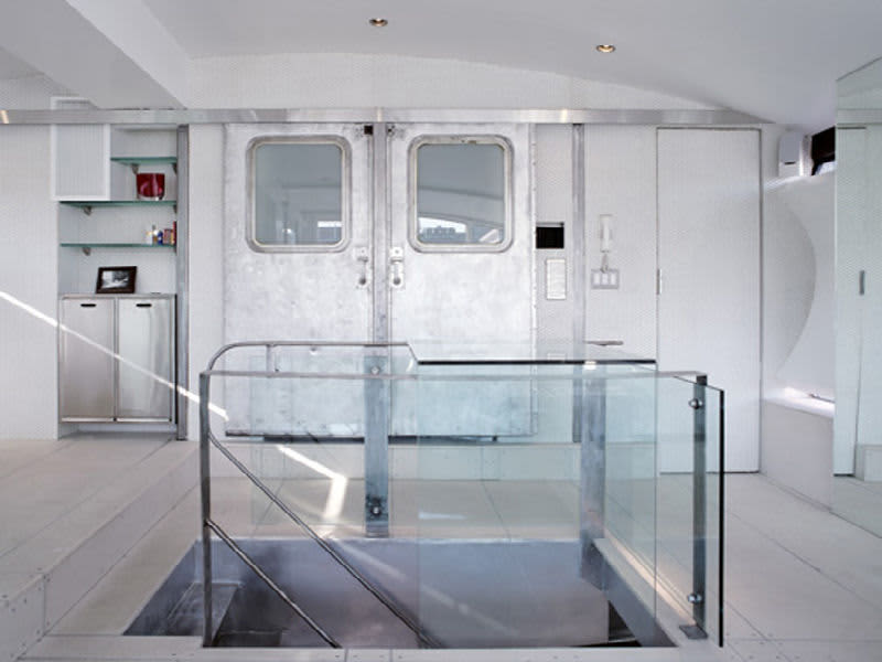 NYC Penthouse Uses Recycled Subway Parts: gallery slide thumbnail 1