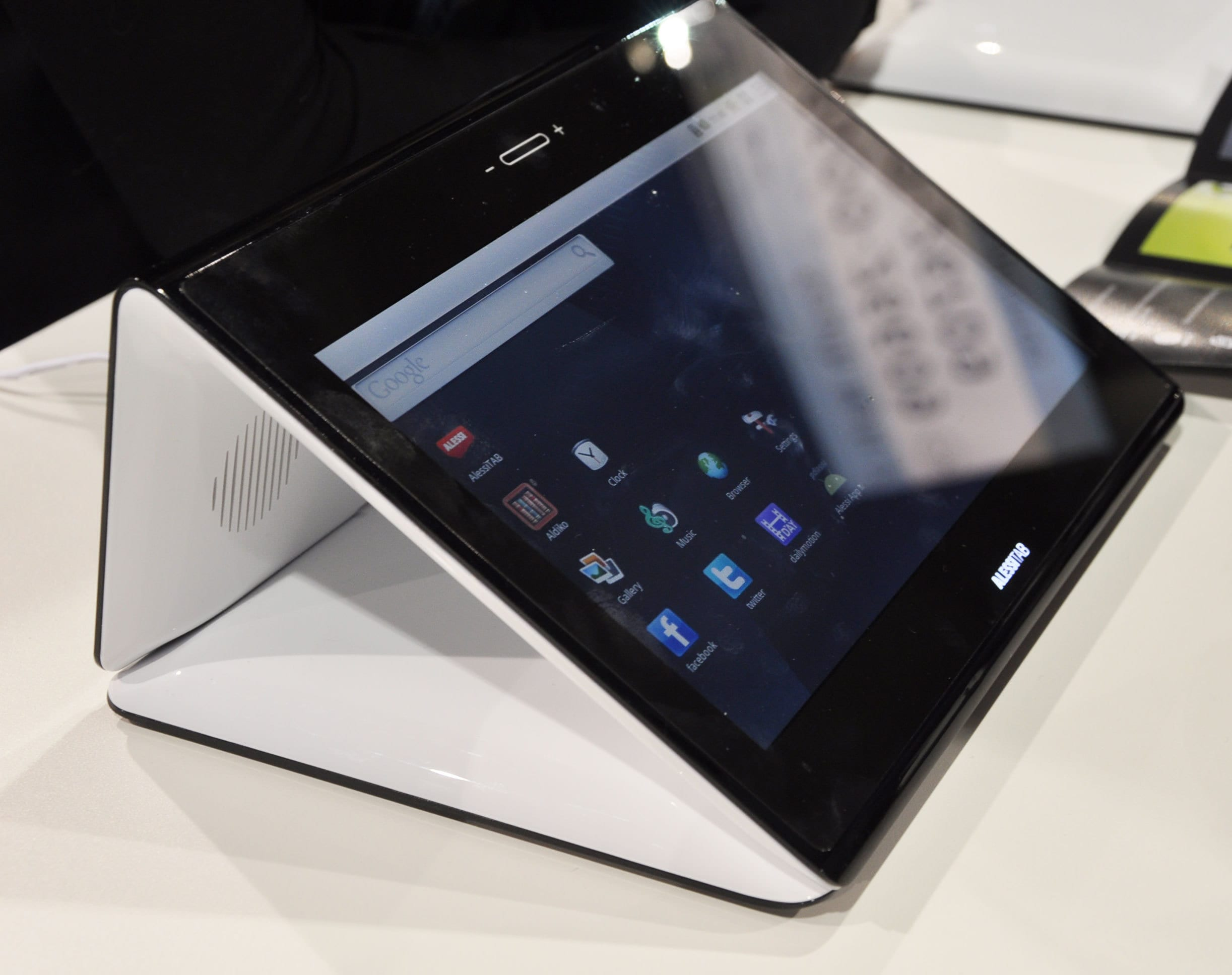AlessiTab: The Designer Android Tablet: gallery slide thumbnail 1