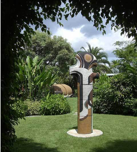 The 21st Century Totem: Tall & Sexy Sculpture: gallery slide thumbnail 3