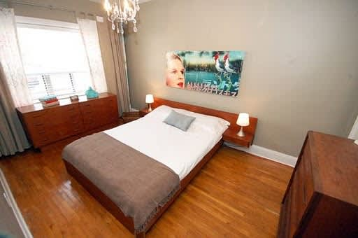 Painting Ideas for New Master Bedroom with Fireplace?: gallery slide thumbnail 1