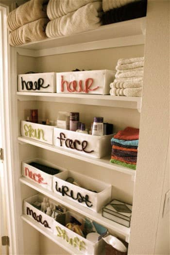 Organized Bathrooms: Clean and Clutter-free: gallery slide thumbnail 3