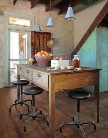 Farmhouse-Style Dining: gallery slide thumbnail 2