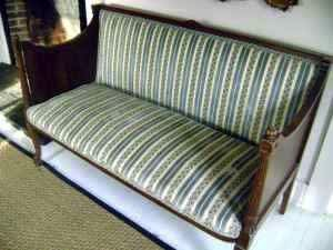 Crate & Barrel Stafford Canopy Bed – $700: gallery slide thumbnail 3