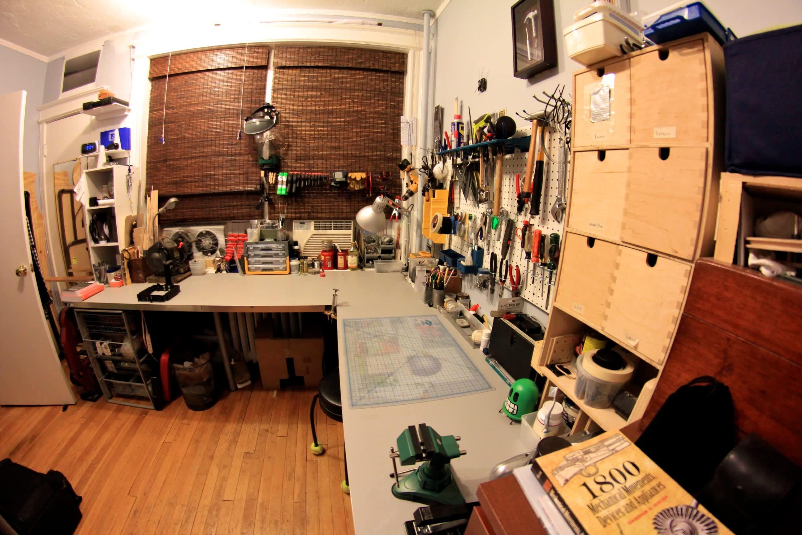 A Builder's One Bedroom Workshop: gallery slide thumbnail 11
