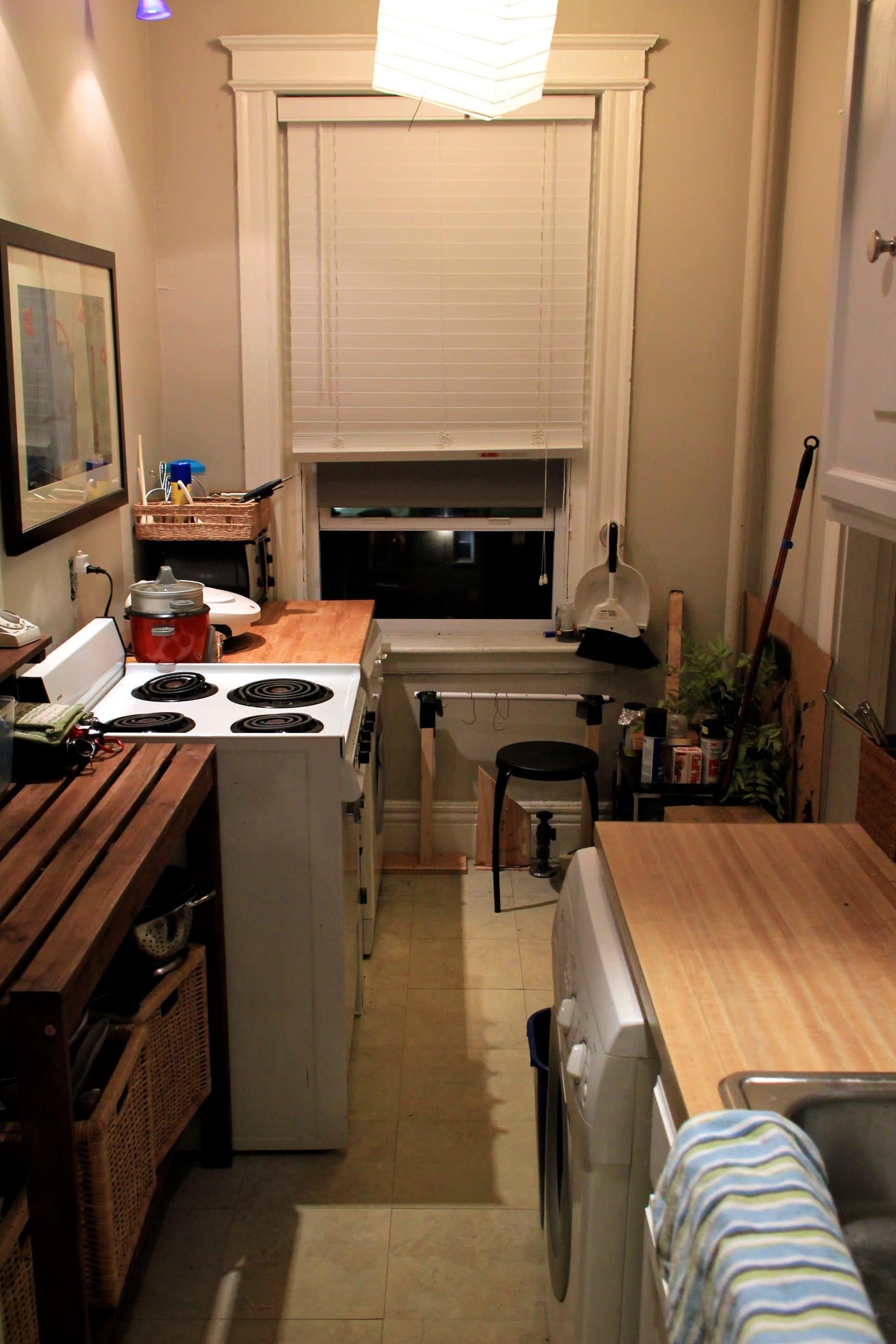 A Builder's One Bedroom Workshop: gallery slide thumbnail 3