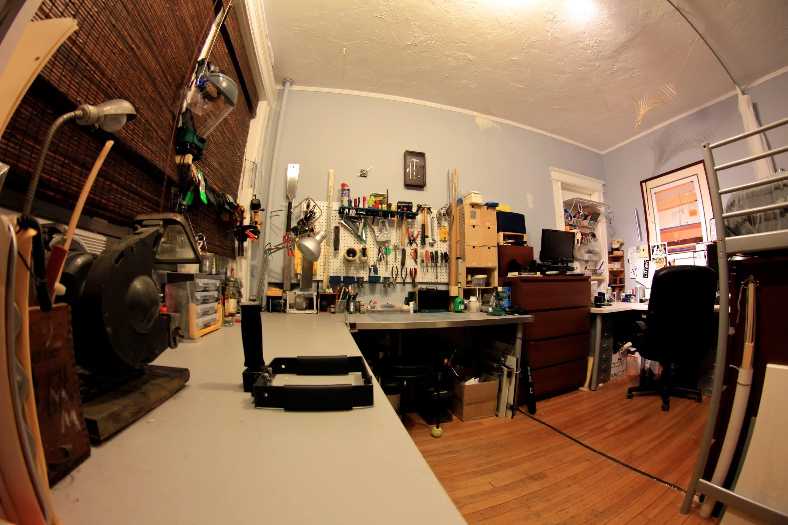 A Builder's One Bedroom Workshop: gallery slide thumbnail 2