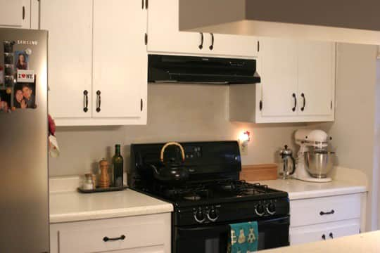 Before & After: A Quick and Easy Kitchen Update: gallery slide thumbnail 9
