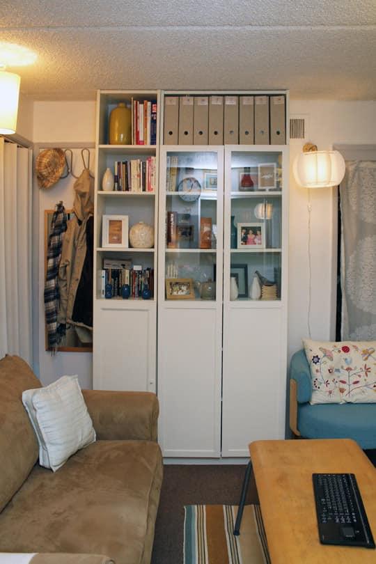 Jose's Super Small & Stylish 275 Square Foot Apartment: gallery slide thumbnail 11