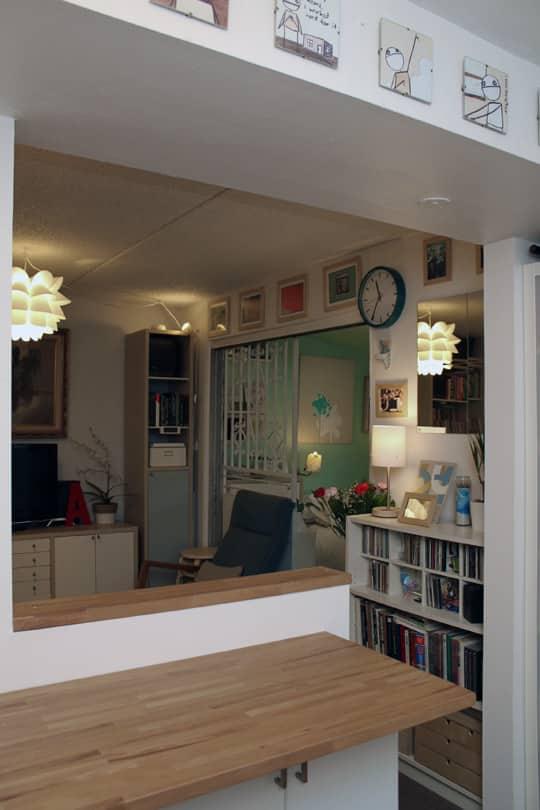 Jose's Super Small & Stylish 275 Square Foot Apartment: gallery slide thumbnail 18