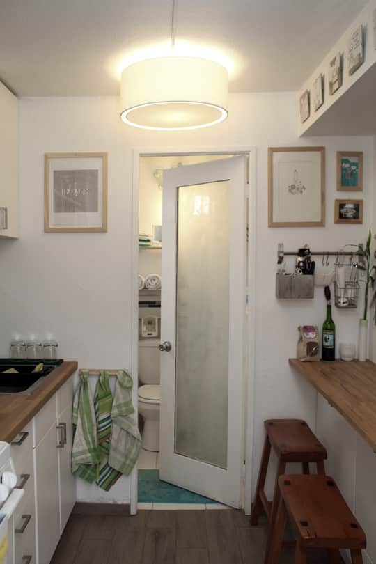 Jose's Super Small & Stylish 275 Square Foot Apartment: gallery slide thumbnail 13