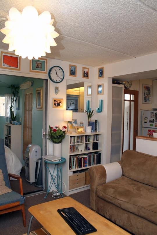 Jose's Super Small & Stylish 275 Square Foot Apartment: gallery slide thumbnail 5