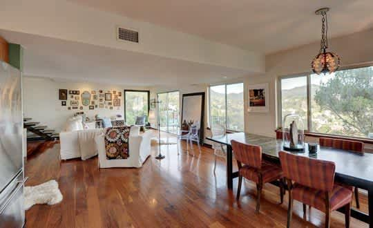 Julie's Beachwood Canyon Jewel Box: gallery image 2