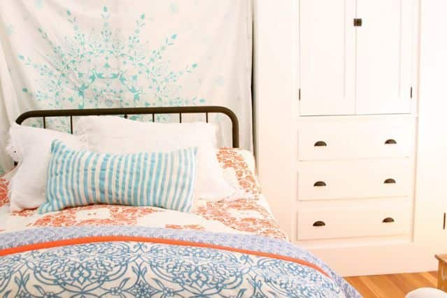 5 Multi-Tasking Must-Haves for Small Spaces: gallery slide thumbnail 1