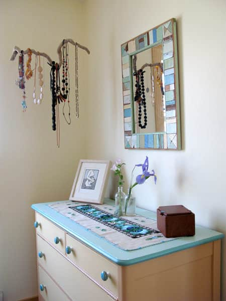 Inexpensive Jewelry Storage Solutions: gallery slide thumbnail 3