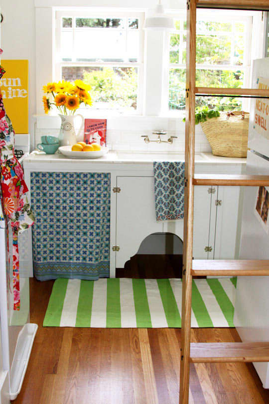 5 Multi-Tasking Must-Haves for Small Spaces: gallery slide thumbnail 9