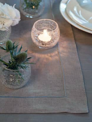 10 Beautiful Table Runners: gallery image 3