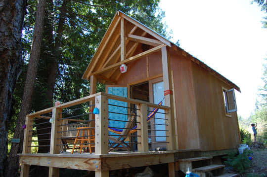 Four People (and a Dog) Living in 180 Square Feet: gallery slide thumbnail 33