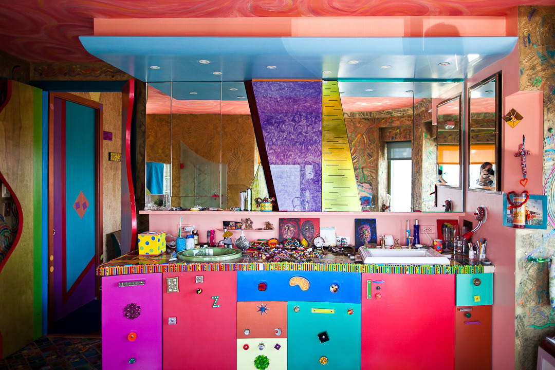 Apryl's Technicolor Life: gallery image 2