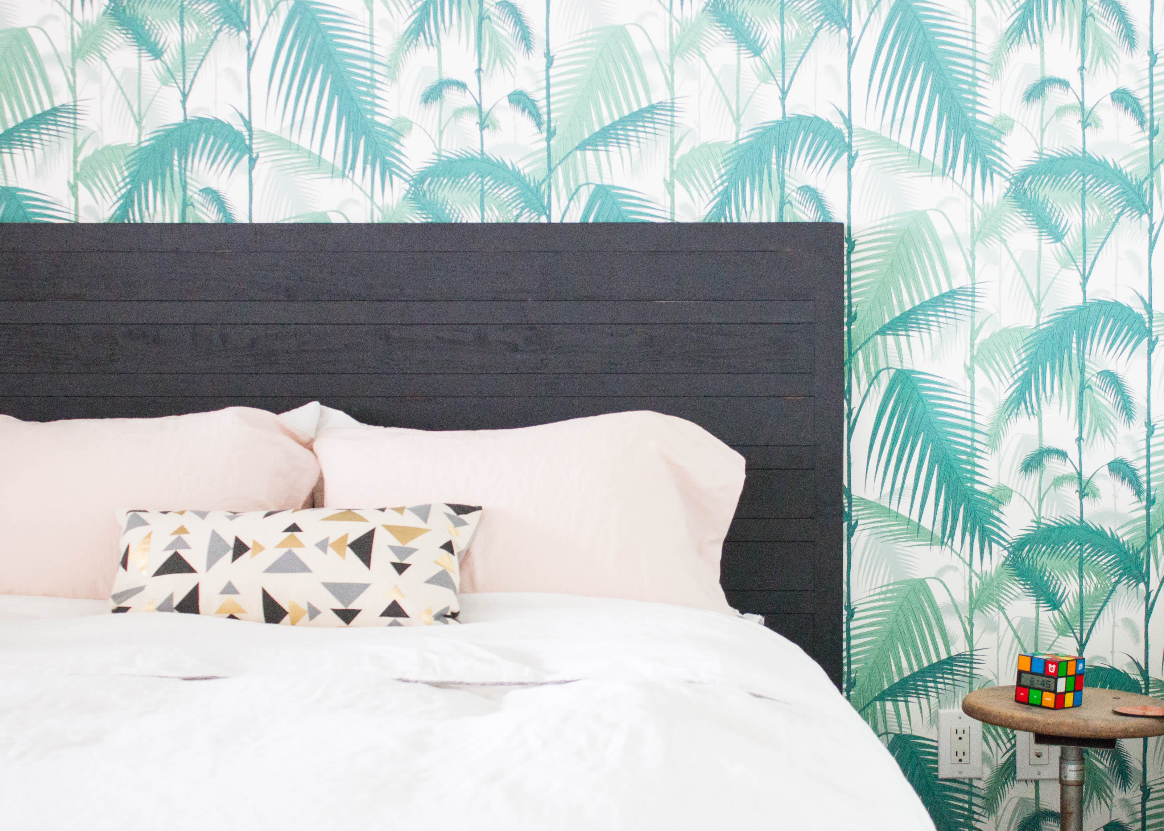 How To Remove Wallpaper (Even When You Really, Really Dread It)